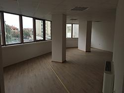 Офис в офис сграда - гр. Сливен, център (1)