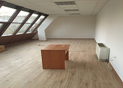 Office in office building - Sliven, center (2)